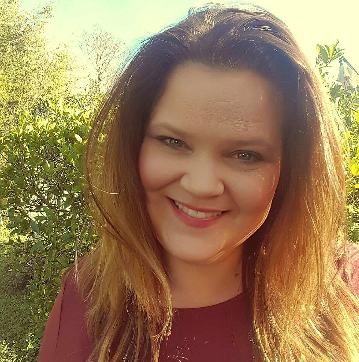 Suzanne Komanski, MS, Psychotherapist